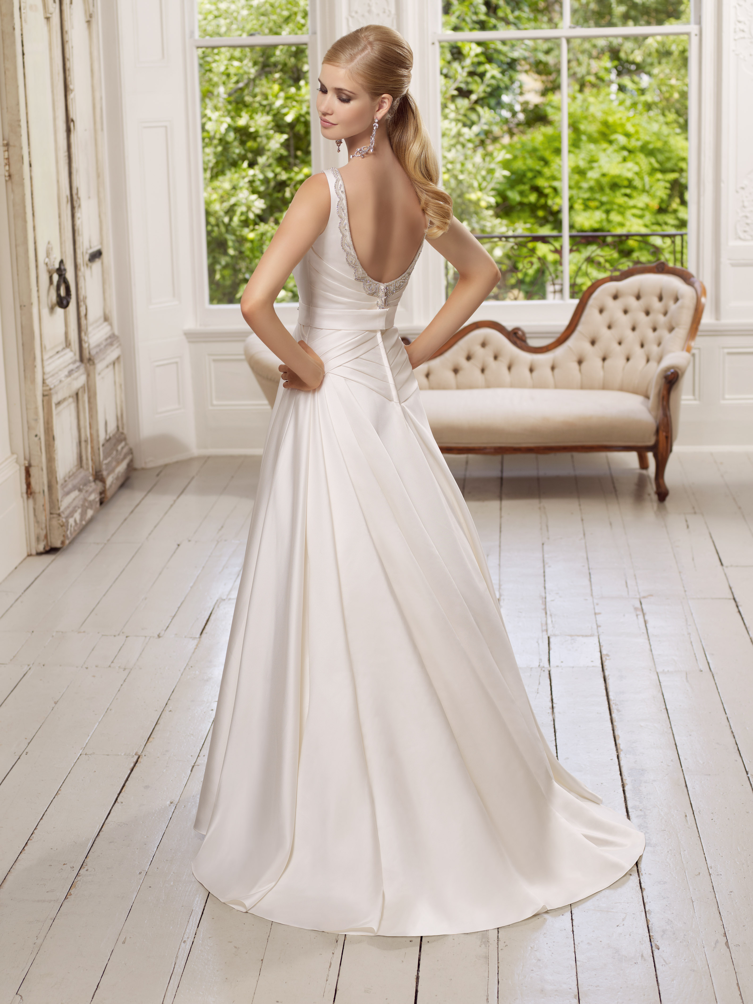 Ronald joyce 64018 diamond colins bridal for Ronald joyce wedding dresses prices